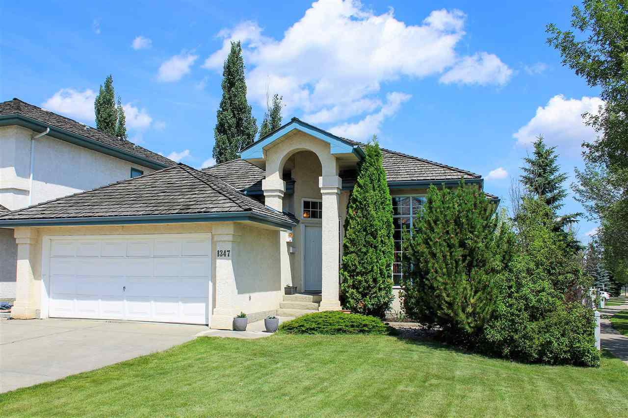 walk-out bungalow, 2350 sq ft. 4 bedroom and 3 bathroom